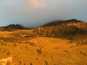 Trek Salam Montagne - Lac du Léat - WE en refuge Belledonne coucher de soleil